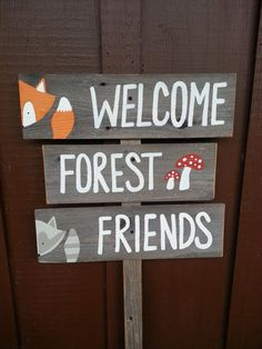 Welcome forest friends sign baby shower signs forest animals fox raccoon mushrooms woodland woodlands rustic baby Theme Forest, Forest Party, Woodland Theme, Woodland Party, Woodland Animals, Forest Animals, Woodland Creatures, Woodland Forest, Baby Shower Signs