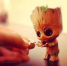 i am groot . groot Marvel Universe Spiderman Thor Incredible Hulk Guardians of the Galaxy Groot Rocket Avengers Iron Man Dr Strange Venom Star Lord Captain America Hawkeye Black Panther Wakanda Forever Action Figure Displays Comics Funny Cute Disney Drawings, Cute Animal Drawings, Kawaii Drawings, Cute Drawings, Cute Disney Wallpaper, Cute Cartoon Wallpapers, Marvel Wallpaper, Marvel Art, Cute Baby Animals