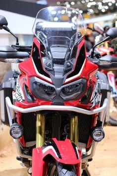 Honda CRF1000L Africa Twin (800x1200) Tokyo Motor Show 2015