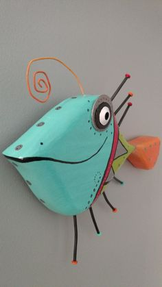 Folk Art Fish, Fish Wall Art, Fish Art, Fish Fish, Driftwood Fish, Driftwood Crafts, Fish Crafts, Diy And Crafts, Arts And Crafts