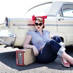 Pin up - Psyhobily - Rockabilly & Punkabilly , fashion . Pin Up Vintage, Pin Up Retro, Style Retro, Vintage Mode, Vintage Girls, Vintage Outfits, 50s Vintage, Vintage Photos, Rockabilly Style
