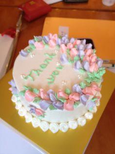 수민이가 만든 케익... 예쁘고 맛있다.