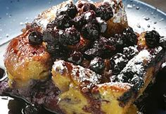 Blueberry Bread Pudding - Traeger Grill Recipes - New Ideas Traeger Recipes, Grilling Recipes, Smoker Recipes, Blueberry Pudding Recipes, Great Desserts, Delicious Desserts, Slow Cooker Bread Pudding, Milk Bread Recipe, Raspberries