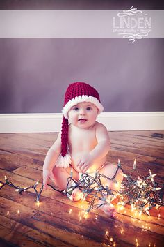 Baby with Christmas Lights | Holiday Photo | Christmas Photography | Family Holiday Portrait | Linden Photography + Design