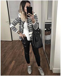 "7,579 Likes, 90 Comments - Audrey (@audreylombard) on Instagram: ""Bon .... bah Noir et blanc quoi Bonne soirée! • Earrings #adelineaffre (from @adelineaffre) •…"""