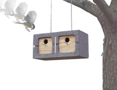 25 Concrete Block Ideas to Try and Enjoy Cheap DIY Outdoor Home Decorating - Cinder Blocks Modern Birdhouses, Concrete Crafts, Bird Boxes, Ideas Geniales, Concrete Blocks, Concrete Stone, Home Design, Home Projects, Home And Garden