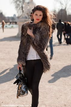 jacket, fashion, street styles, red lips, fur