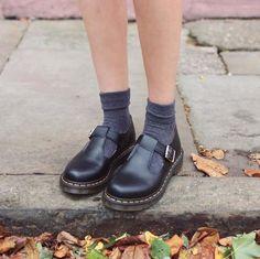 Dr Martens Polley J Black Lamper - Mary Jane Shoes Mary Jane Outfit, Mary Jane Shoes, Sock Shoes, Cute Shoes, Me Too Shoes, Ugly Shoes, Dr. Martens, Mary Jane Doc Martens, Mary Janes