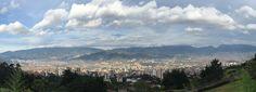 Hoy Medellín madruga a votar. #Elecciones2015