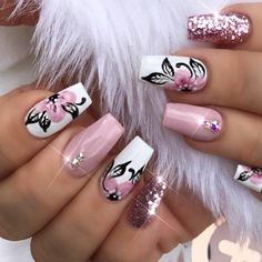33 Super Pretty Flower Nail Designs To Copy New Fri .- 33 Super Pretty Flower Nail Designs To Copy nail - Coffin Nails Matte, Acrylic Nails, Gel Nails, Nail Nail, Flower Nail Designs, Diy Nail Designs, Beautiful Nail Designs, Beautiful Nail Art, Floral Nail Art