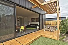 Neville house in Carnegie, Victoria (Australia)  #Architecture #Project #Wood #PrivateHouse #Australia #Zinc #VMZINC   ...