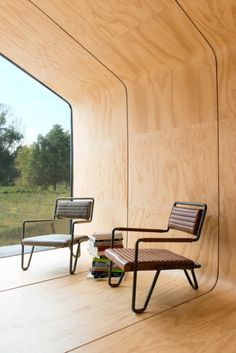 This eco-friendly house is made of cardboardAn Amsterdam-based creative construction company called Fiction Factory has devised a sustainable home out of the stuff usually reserved for packaging. Modular Housing, Modular Homes, Prefabricated Houses, Prefab Homes, Tiny Homes, Building Systems, Wooden House, House Made, Interior Architecture