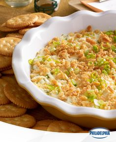 Kickoff Popper Dip Recipe ~ Topped with a sprinkling of buttery cracker crumbs, this creamy, cheesy dip packs all the flavor of a jalapeño popper in every scoop. Kraft Recipes, Potluck Recipes, Spicy Recipes, Dip Recipes, Appetizer Recipes, Cooking Recipes, Kraft Foods, Recipes Dinner, Tailgating Recipes