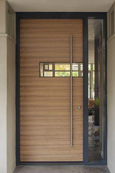 Modern Entrance Door, Main Entrance Door Design, Modern Exterior Doors, Modern Front Door, Front Door Design, House Entrance, Entry Doors, Front Door Paint Colors, Painted Front Doors