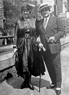 Enrico Caruso And His Wife, Dorothy
