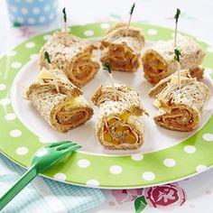 Broodrolletjes met kipfilet. Lunch, 1 personen