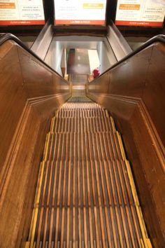 wooden escalators |J.L. Hudson's Department Store had these. I liked most about the store is its old wooden escalators, but they would scare me as a child.