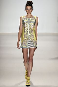 Nanette Lepore Spring 2015 Ready-to-Wear Fashion Show