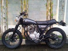 Modifikasi Yamaha Scorpio Jap Style Bike Hitam