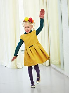 Nr 152 09-2012 _ Mädchen-Kleid - Faltenrock aus Wolldiagonal-Jersey