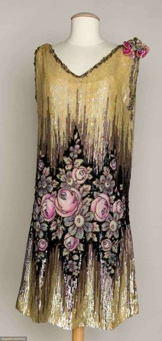 "Sequined & Beaded Dress, Augusta Auctions -- Covered in opalescent sequins, stripes of gray & black sequins w/ inset pink beaded Deco roses, silver & pink sequined & wired flower on left shoulder, B H L label ""Made in France"" 1920 Style, Style Année 20, Flapper Style, 1920s Flapper, Gatsby Style, Club Style, Vintage Outfits, 1920s Outfits, Vintage Gowns"
