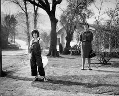 """Actress Mary Badham (b. 1952) and author Harper Lee (1926-2016) on the set of Robert Mulligan's film of Lee's """"To Kill a Mockingbird"""" (1962)."""