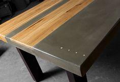 Handgefertigt aus Beton, Holz und Stahl, das Esszimmer Tisch messen 90 in Länge x Breite X 42 30 hoch entstand durch die Kombination von Hickory Holz und Beton grau. Beton und Holz oben wird unterstützt von einem geschweißten Stahlrahmen mit einem seidenmatten schwarze Pulverbeschichtung fertig.  Dieses Design kann auf Bestellung in kundenspezifischen Maßen gefertigt. Weitere Informationen erhalten Sie von TAO.  TAO Beton ist eine Konstruktion und Fertigung Customshop Arbeiten aus Tempe…
