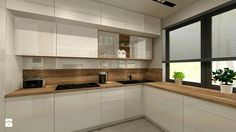 Beli medijapan i bojeno staklo klizno u kombinaciji sa drvetom i prozor sa kontrastnom roletnom