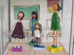 Treball realitzat al taller de plàstica de nois/es de 11 a 14 anys. Curs 2010/2011  www.escolatrac.com