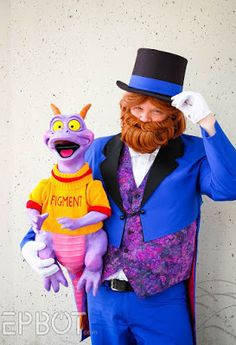 John from Cake Wrecks as Dreamfinder with the brand-new Figment model that he and Jen made! At Dragon-Con 2015. He gets mobbed like a rock star whenever he appears as Dreamfinder!