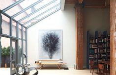 Steven Volpe - Designer Refines Urban Loft - ELLE DECOR