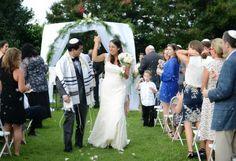 Blue Ridge Mountains Modern Jewish Wedding//real jewish wedding recessional
