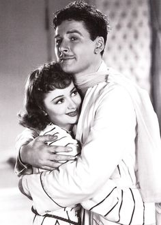Olivia de Havilland and Errol Flynn - Four's a Crowd.  Errol Flynn (1909-1959) Born in Australia, Flynn is best known for his roles in The Adventures of Robin Hood, The Dawn Patrol, Dodge City, The Sea Hawk, The Charge of the Light Brigade, The Private Lives of Elizabeth and Essex, and The Sun Also Rises. Flynn was married 3 times and had 4 children. Flynn died in 1959 of a heart attack