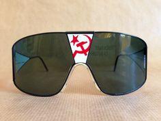 Alpina sprechen Gläser Glasnost Vintage Sonnenbrillen handgefertigt in Westdeutschland NOS sehr selten von FrenchPartofSweden auf Etsy https://www.etsy.com/de/listing/235786393/alpina-sprechen-glaser-glasnost-vintage