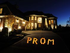 TONS of ways for asking someone out on a DATE! (not just for prom and not just for teens - love it! Asking To Prom, All That Matters, School Dances, My Guy, Things To Know, View Photos, That Way, Good To Know, In This World