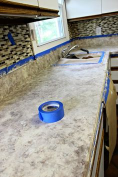 Chalk paint on formica countertops i like a lot about this for Can you paint formica table top