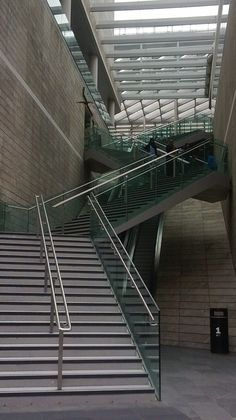 Liverpool One Shopping Centre, The Zig Zag Stairs