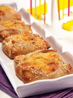FLAOUNES Greek Sweets, Greek Desserts, Greek Recipes, Desert Recipes, Cypriot Food, Greek Pastries, Bread Dough Recipe, Savoury Baking, Easter Recipes