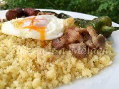 Las migas de harina de sémola de trigo son el plato más conocido del precioso pueblo de Torrox situado en la Axarquía malagueña. En est...