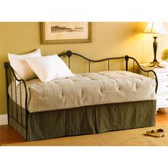 Stunning Daybeds Design Ideas by Wesley Allen for Fine Iron Beds - Home Design and Home Interior Pop Up Trundle Bed, Metal Daybed With Trundle, Wood Daybed, Daybed Room, Daybed Mattress, Daybed Bedding, Gold Bedding, Upholstered Daybed, Queen Mattress