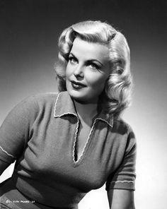 Cleo Moore 1954 - The Bullet Bra http://thebulletbra.com
