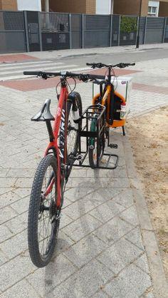 Bullitt Cargo Bike, Velo Cargo, Bike Cart, Bike Trailer, Bike Storage, Bike Design, Motorbikes, Trailers, Inventions
