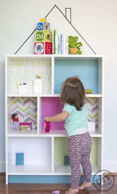 IKEA TOY STORAGE HACKS - Billy bookcase dolly house / Grillo Designs