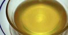 Cómo clarificar mantequilla: http://www.cocina.es/2015/05/04/como-clarificar-mantequilla/