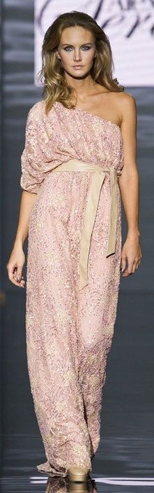 Alexandra Serova - Revival of the Empire - stunning soft pink color ♥♥ Glamorous Evening Dresses, Evening Party Gowns, Pink Fashion, Fashion Outfits, Fashion Clothes, Fashion Art, Fashion Trends, Beautiful Outfits, Cool Outfits