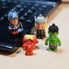 Tribe Marvel USB 8GB