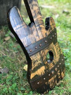 Louisiana, Barrel Projects, Wood Projects, Craft Projects, Craft Ideas, Wine Barrel Crafts, Whiskey Barrel Furniture, Guitar Hanger, Barrel Rings