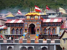 #Badrinath #Travel and Tourism Guide, Stay connected Exploreouting app for latest Badrinath yatra tips, weather update, road conditions, tourist attractions, restaurants, things to do and activities.