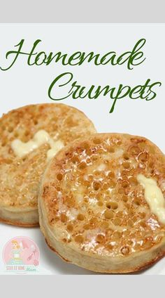 Store bought crumpets are good, but homemade ones are so much better! Store bought crumpets are good, but homemade ones are so much better! Homemade Crumpets, Homemade Muffins, Savory Muffins, Bread Recipes, Cooking Recipes, Cooking Cake, Gnocchi Recipes, English Food Recipes, British Food Recipes