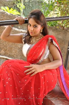 Srilekha Reddy in Red Saree (110 Photos) - Image 40